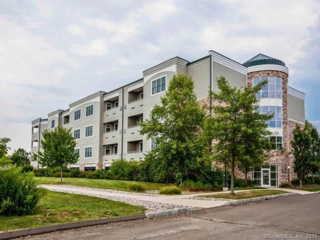 60 Maple Street #32, Branford, CT 06405 (MLS #170156853) :: Carbutti & Co Realtors