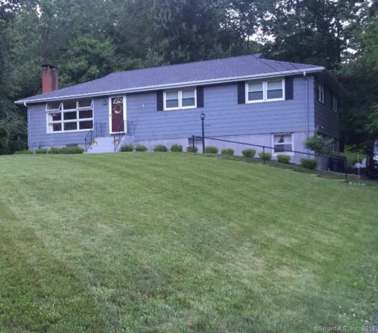 16 Woodland Heights, Middlefield, CT 06481 (MLS #170163521) :: Anytime Realty