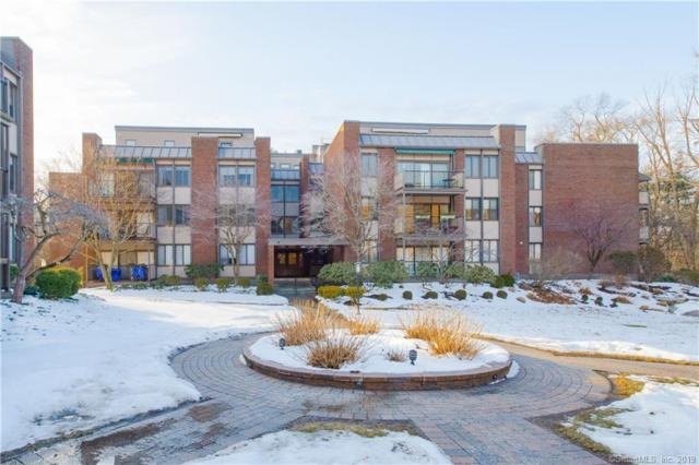 799 Prospect Avenue Phn, West Hartford, CT 06105 (MLS #170163990) :: The Zubretsky Team