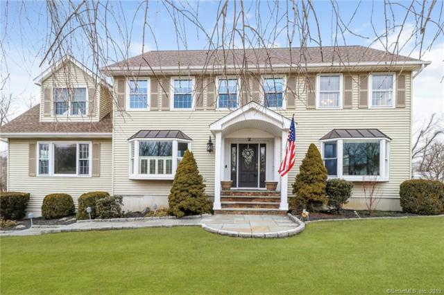 2 Wellington Court Drive, Danbury, CT 06811 (MLS #170169747) :: The Higgins Group - The CT Home Finder