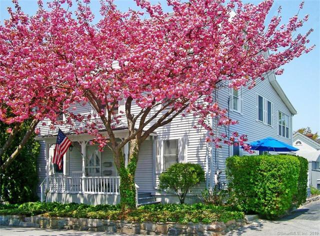 8 Broad Street, Stonington, CT 06378 (MLS #170172291) :: Carbutti & Co Realtors