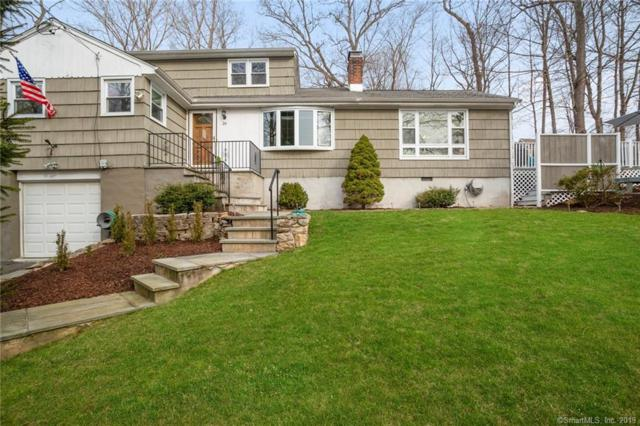 26 Hickory Drive, Westport, CT 06880 (MLS #170181965) :: Hergenrother Realty Group Connecticut