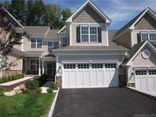 32 Beacon Hill Terrace #32, Bethel, CT 06801 (MLS #170184241) :: Mark Boyland Real Estate Team