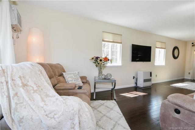 161 Cynthia Lane E1, Middletown, CT 06457 (MLS #170184547) :: Carbutti & Co Realtors
