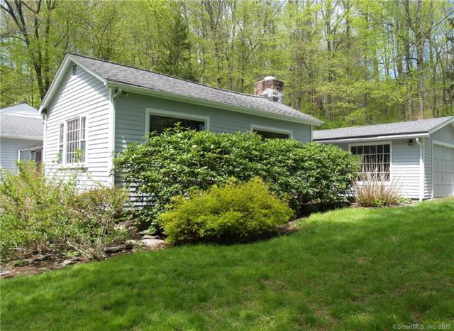 26 Ladder Hill Road S, Weston, CT 06883 (MLS #170191234) :: The Higgins Group - The CT Home Finder