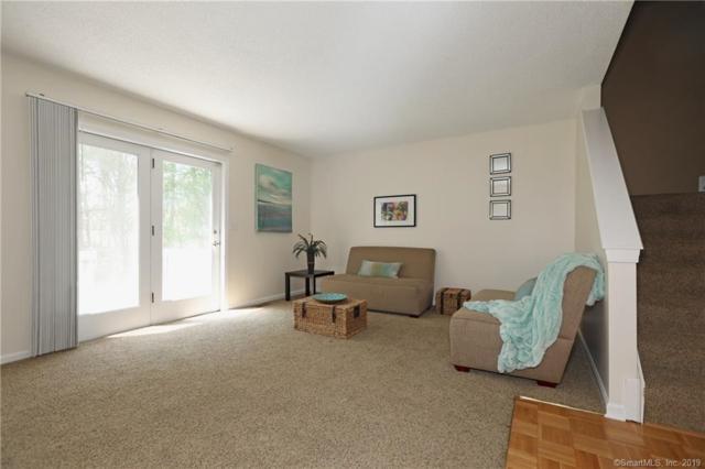 136 Oak Ridge Drive #136, Windsor Locks, CT 06096 (MLS #170198431) :: Michael & Associates Premium Properties | MAPP TEAM