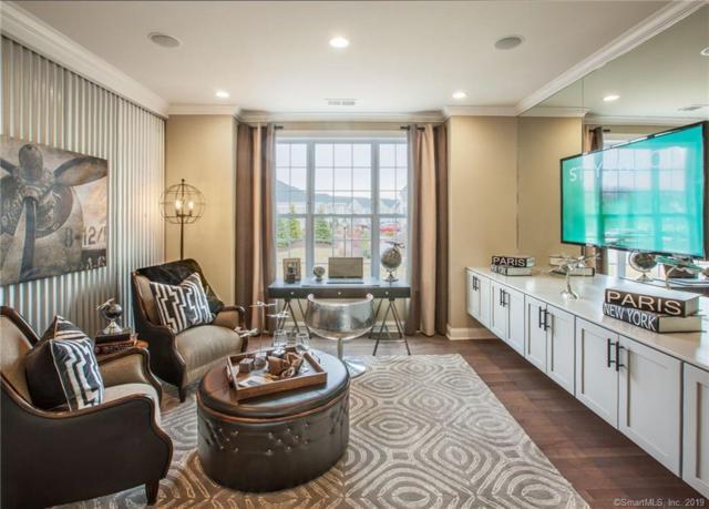 1 West Cross Trail #120, Danbury, CT 06810 (MLS #170201610) :: Mark Boyland Real Estate Team