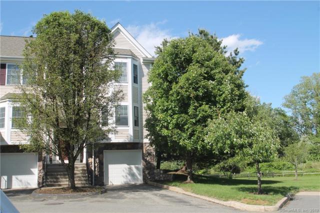 607 Larson Drive #607, Danbury, CT 06810 (MLS #170202644) :: Mark Boyland Real Estate Team