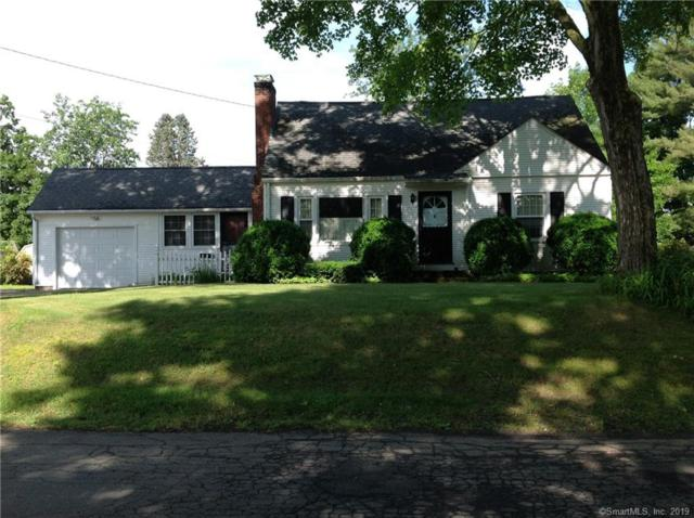 4 Ridgefield Road, Enfield, CT 06082 (MLS #170207333) :: The Higgins Group - The CT Home Finder