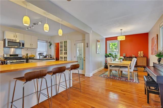 218 Willow Street, New Haven, CT 06511 (MLS #170212299) :: Mark Boyland Real Estate Team
