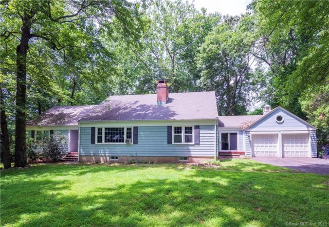 162 Stoneleigh Square, Fairfield, CT 06825 (MLS #170213019) :: Mark Boyland Real Estate Team