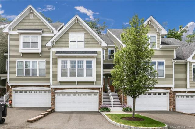 35 Lawrence Avenue #35, Danbury, CT 06810 (MLS #170215426) :: The Higgins Group - The CT Home Finder