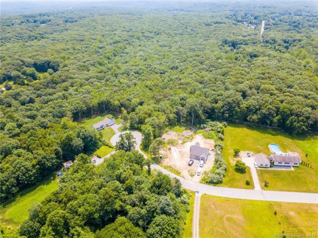 18 Applewood Drive, Ledyard, CT 06339 (MLS #170215718) :: The Higgins Group - The CT Home Finder