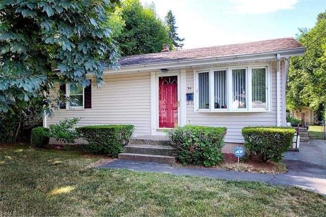 94 Village Circle, Hamden, CT 06514 (MLS #170217066) :: GEN Next Real Estate