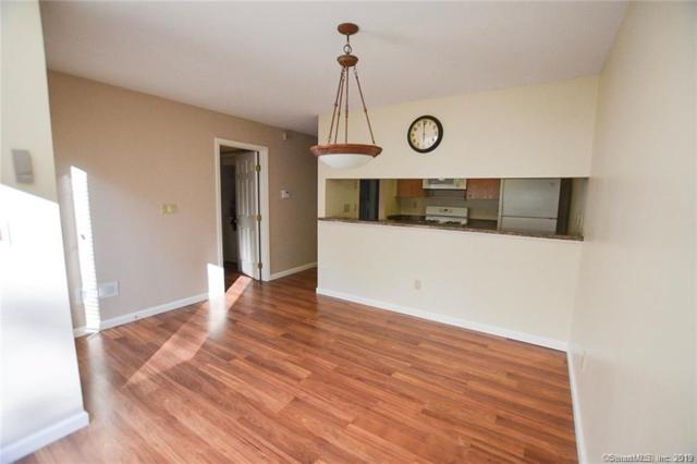 5 Country Walk #5, Shelton, CT 06484 (MLS #170217422) :: Michael & Associates Premium Properties   MAPP TEAM