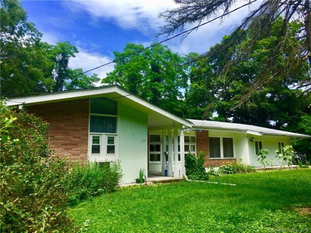 29 Leffingwell Road, Montville, CT 06382 (MLS #170217471) :: Michael & Associates Premium Properties | MAPP TEAM