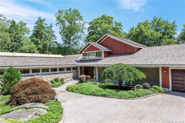 161 S Lake Drive, Stamford, CT 06903 (MLS #170218278) :: The Higgins Group - The CT Home Finder