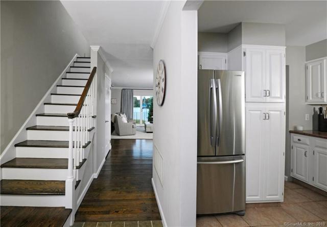 100 Strickland Road #8, Greenwich, CT 06807 (MLS #170221565) :: Carbutti & Co Realtors