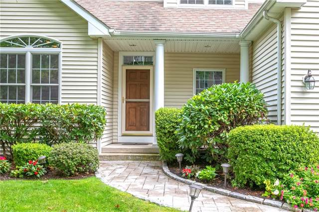 406 Pitkin Hollow #406, Trumbull, CT 06611 (MLS #170234493) :: The Higgins Group - The CT Home Finder