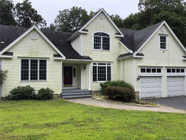 28 Roaring Brook Lane, Shelton, CT 06484 (MLS #170235168) :: Michael & Associates Premium Properties | MAPP TEAM