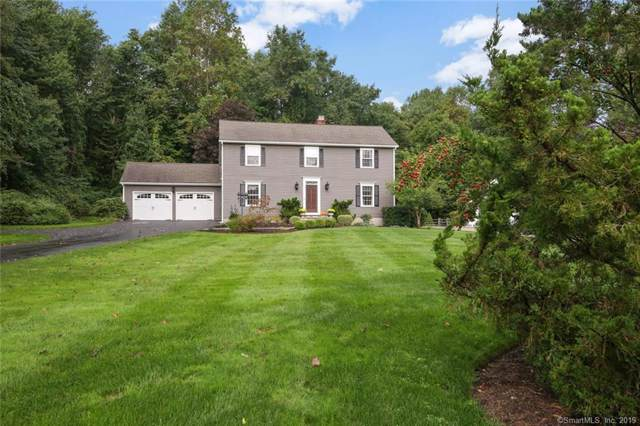 11 Doe Hollow Drive, Trumbull, CT 06611 (MLS #170235931) :: The Higgins Group - The CT Home Finder