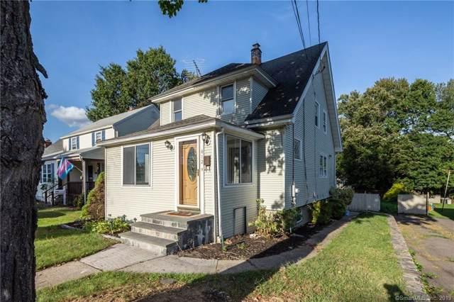812 Nichols Avenue, Stratford, CT 06614 (MLS #170236479) :: Carbutti & Co Realtors