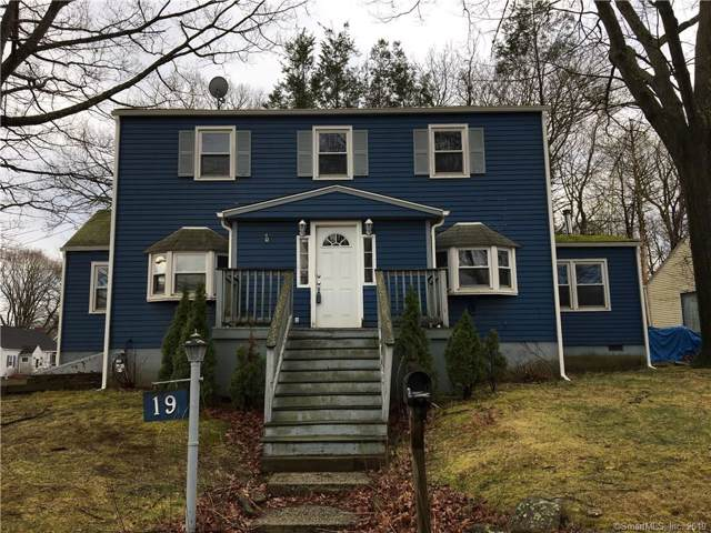 19 Glen Place, Bridgeport, CT 06610 (MLS #170238845) :: The Higgins Group - The CT Home Finder