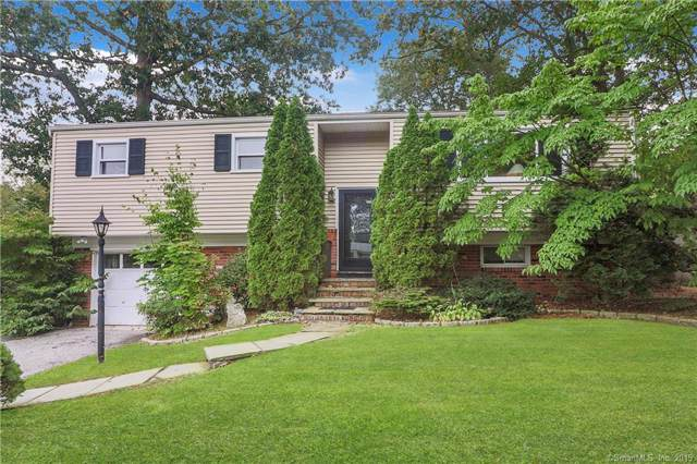 9 Hampshire Lane, Stamford, CT 06905 (MLS #170239238) :: Michael & Associates Premium Properties | MAPP TEAM