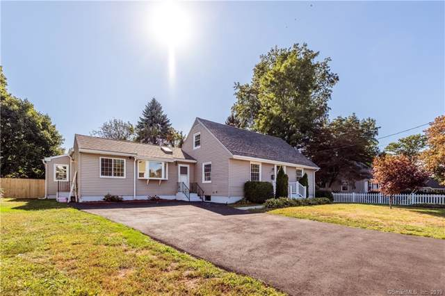 26 Kenmore Lane, Milford, CT 06460 (MLS #170241232) :: The Higgins Group - The CT Home Finder