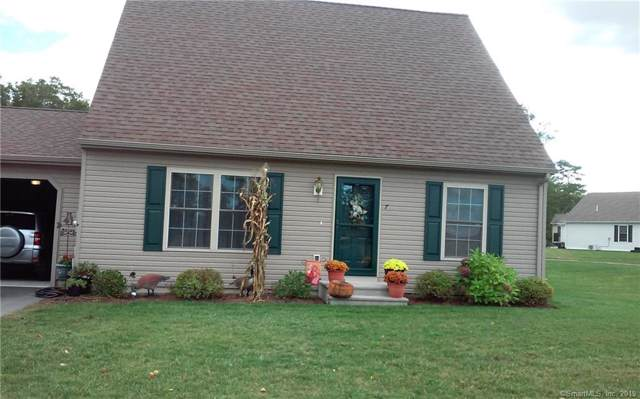 7 Mockingbird Drive #7, Killingly, CT 06239 (MLS #170241961) :: The Higgins Group - The CT Home Finder