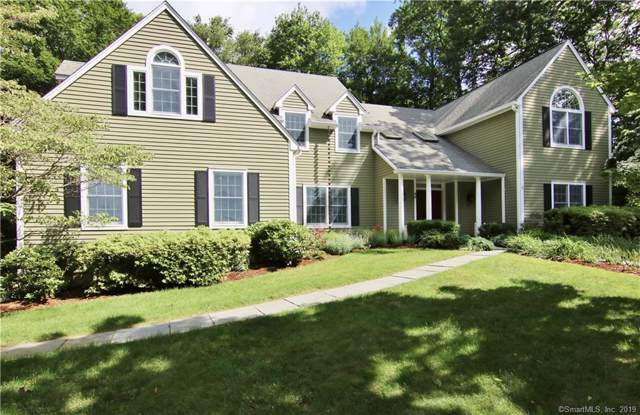 49 Crofts Lane, Stamford, CT 06903 (MLS #170242782) :: The Higgins Group - The CT Home Finder