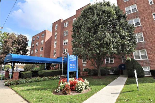 39 Glenbrook Road 2T, Stamford, CT 06902 (MLS #170244351) :: The Higgins Group - The CT Home Finder