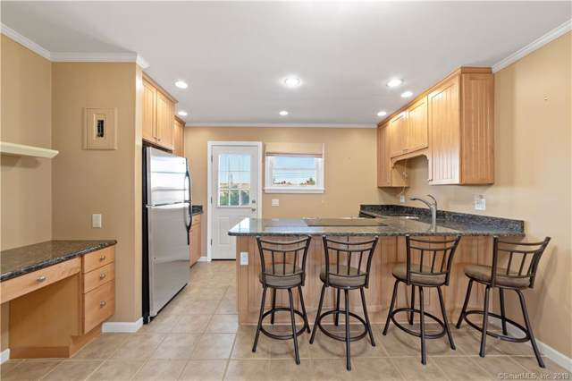 92 Strawberry Hill Avenue #4, Stamford, CT 06902 (MLS #170244662) :: GEN Next Real Estate