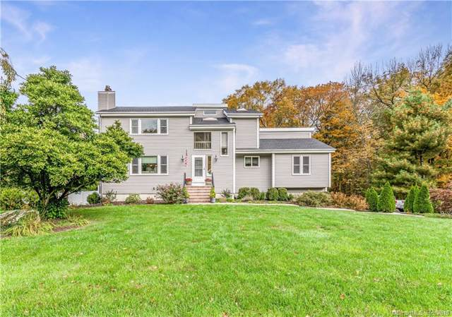 24 Misty Lane, Shelton, CT 06484 (MLS #170244746) :: Michael & Associates Premium Properties | MAPP TEAM