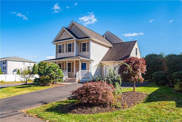 1 Lily Lane #1, Wallingford, CT 06492 (MLS #170245304) :: Carbutti & Co Realtors