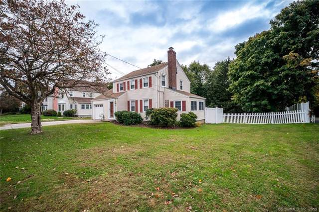 199 Henderson Road, Fairfield, CT 06824 (MLS #170245351) :: The Higgins Group - The CT Home Finder