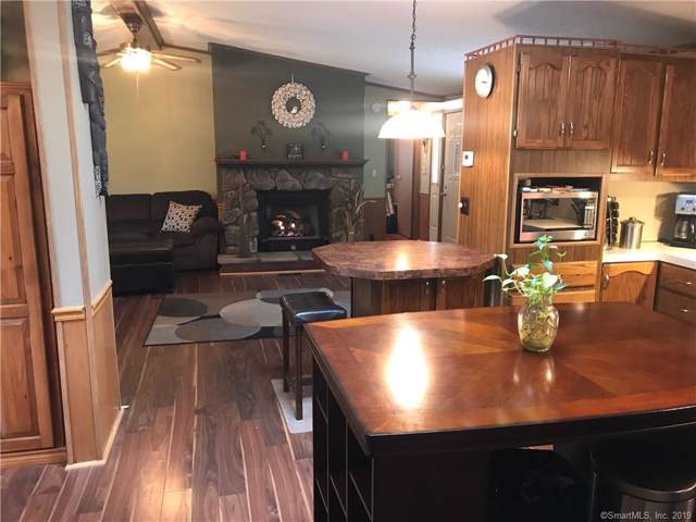 252 Old Canterbury Turnpike #121, Norwich, CT 06360 (MLS #170245949) :: The Higgins Group - The CT Home Finder