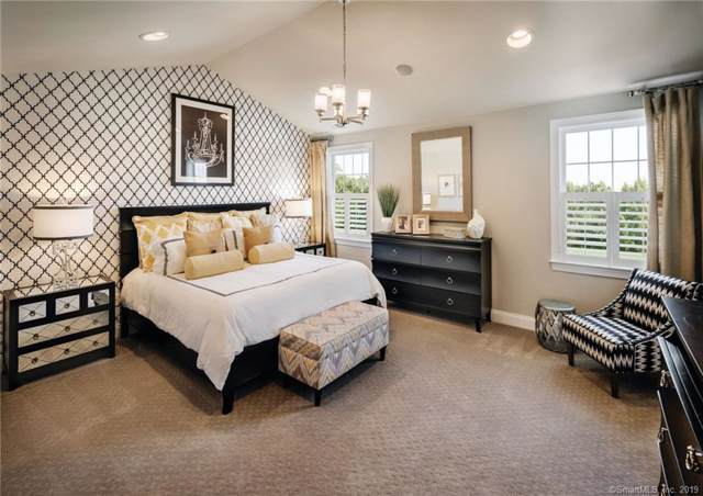 102 Winding Ridge Way #86, Danbury, CT 06810 (MLS #170246021) :: GEN Next Real Estate