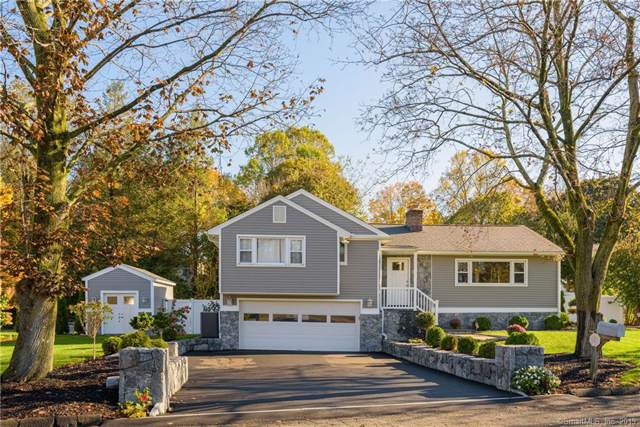 5 Pond Ridge Road, Danbury, CT 06811 (MLS #170246507) :: The Higgins Group - The CT Home Finder