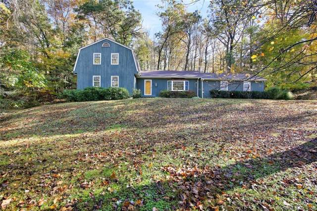 2 Great Pond Lane, Redding, CT 06896 (MLS #170246897) :: The Higgins Group - The CT Home Finder