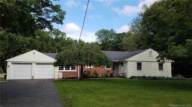 15 Laurel Road, Woodbridge, CT 06525 (MLS #170248428) :: Spectrum Real Estate Consultants