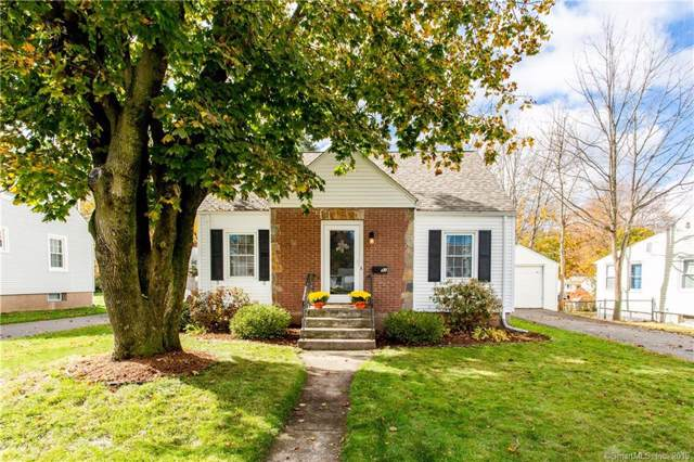92 Avondale Road, Manchester, CT 06042 (MLS #170248947) :: The Higgins Group - The CT Home Finder