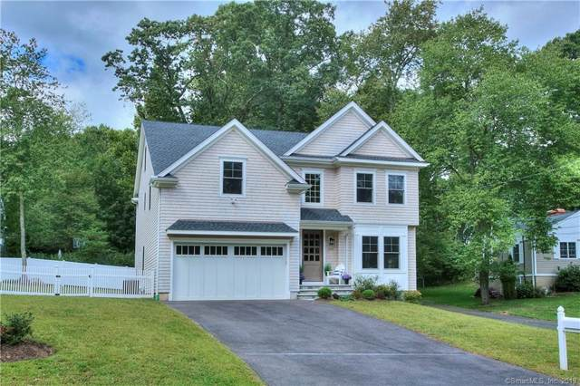 200 Rock Major Road, Fairfield, CT 06824 (MLS #170249078) :: Michael & Associates Premium Properties | MAPP TEAM