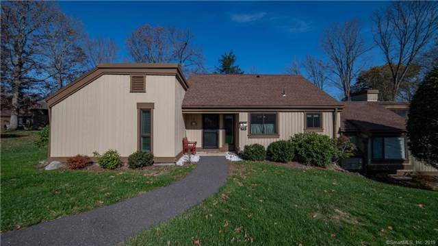 67 Heritage Village A, Southbury, CT 06488 (MLS #170249753) :: The Higgins Group - The CT Home Finder