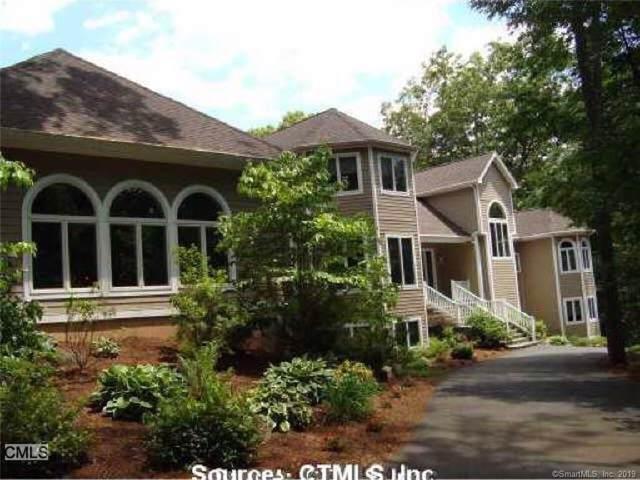 155 Chestnut Lane, Hamden, CT 06518 (MLS #170249761) :: Michael & Associates Premium Properties   MAPP TEAM