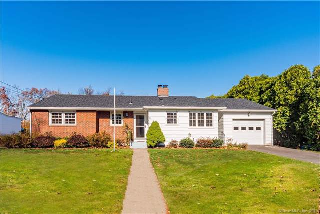 11 Cottage Grove Lane, Waterbury, CT 06706 (MLS #170250051) :: The Higgins Group - The CT Home Finder