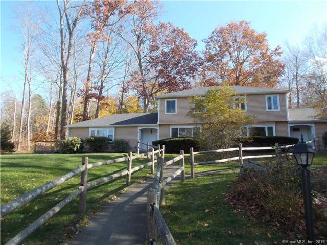 20 Comstock Avenue 3B, Essex, CT 06442 (MLS #170250107) :: The Higgins Group - The CT Home Finder