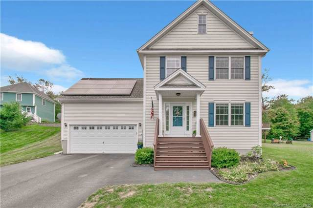 11 Ray Lane, East Hampton, CT 06424 (MLS #170250271) :: Hergenrother Realty Group Connecticut
