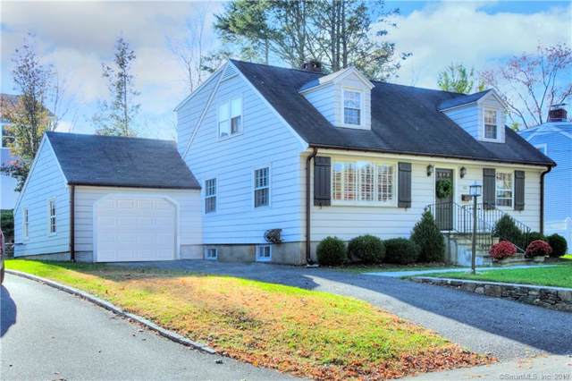52 Woodside Avenue, Fairfield, CT 06824 (MLS #170250454) :: Michael & Associates Premium Properties | MAPP TEAM