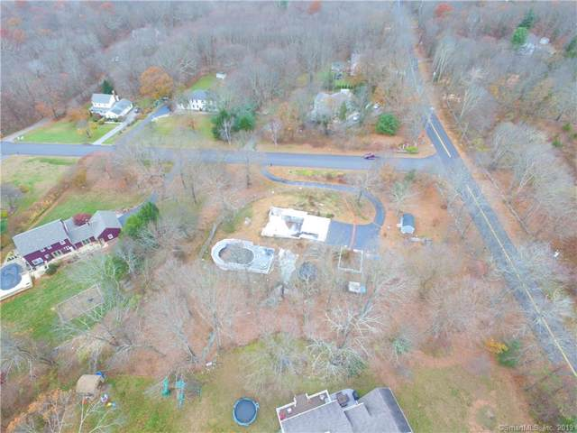 5 Deer Run Drive, Colchester, CT 06415 (MLS #170250758) :: The Higgins Group - The CT Home Finder